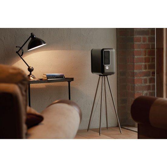 Q Acoustics Q Active 200 aktyvinės garso kolonėlės